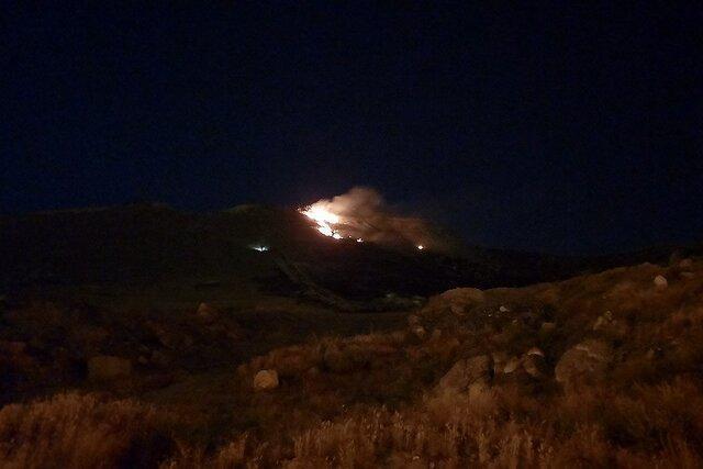 آتش سوزی در ارتفاعات بلوار نماز مشهد